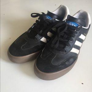 Men's adidas sneakers size 11